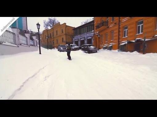 Киев, Андреевский спуск после большого снегопада.