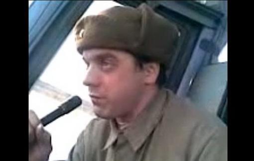 Водитель троллейбуса жжот! Прикол 2009 beatbox по-русски.
