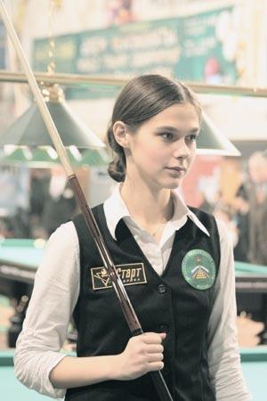 Бильярд: Анастасия Луппова дает урок