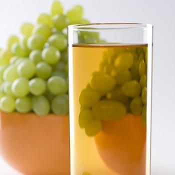 Описание : Концентрат из белого и/или красного винограда 65-70% и 68% (Brix) производства Аргентины, Испании...
