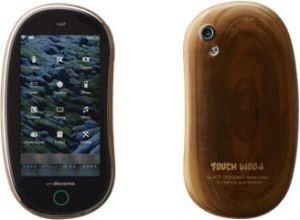 NTT DoCoMo создала прототип деревянного мобильного телефона