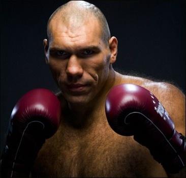Валуев будет драться с Кличко даже за копейки