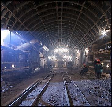 Три станции метро достроят за 3-4 месяца