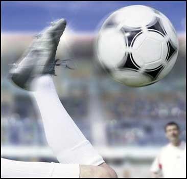 Футбольный матч впервые покажут в формате 3D