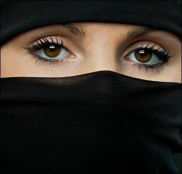 Суд запретил баскетболисткам играть в хиджабе