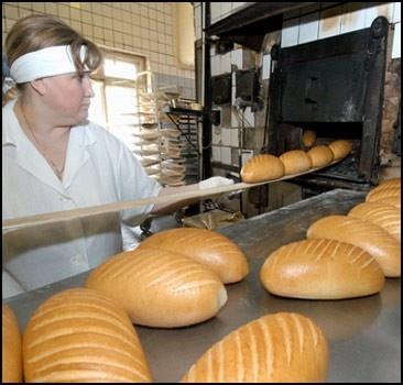 В Украине пекут бракованный хлеб
