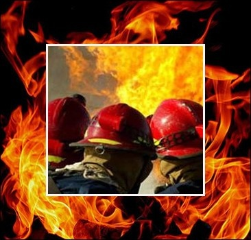 В Кременчуге горит сталелитейный завод
