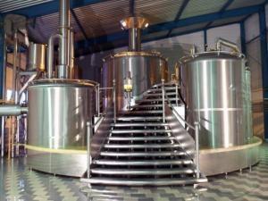 """Около 800 тонн пива разлилось на грузинском заводе """"Казбеги"""""""