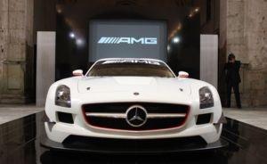 Суперкар Mercedes-Benz AMG SLS – теперь и в гоночной модификации