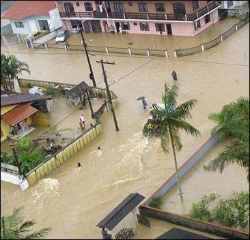 Началось наводнение! Уже есть сотни жертв