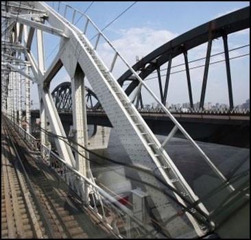 Строительство мостов через Днепр сдвинулось с мертвой точки