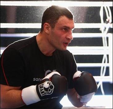 Сосновский попросил Кличко отложить бой