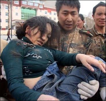 Землетрясение в Китае: 1706 погибших