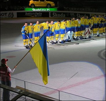 Украинские хоккеисты разгромили литовцев