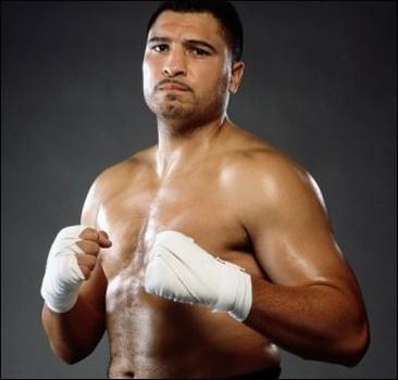 Джонни Руиз уходит из бокса
