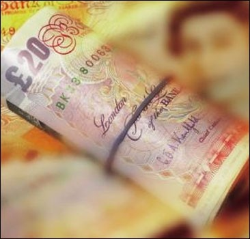 Мужчина выбросил лотерейный билет с выигрышем 100 тыс фунтов