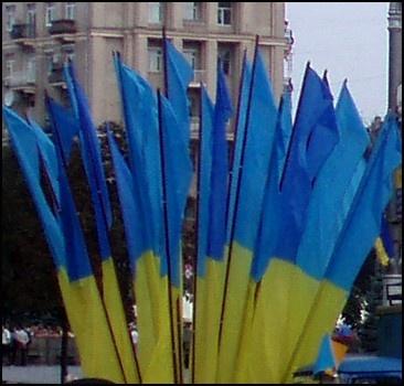 День Независимости будет с фейерверками, но без парадов