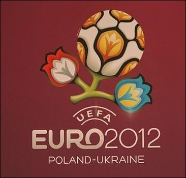 УЕФА отберет Евро-2012 не у Украины, а у Польши?
