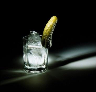 Украинцы третьи в мире по потреблению водки
