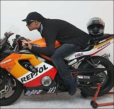 Самые необычные похороны мотоциклиста.