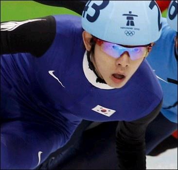 Чемпион Игр в Ванкувере оспорил свою дисквалификацию