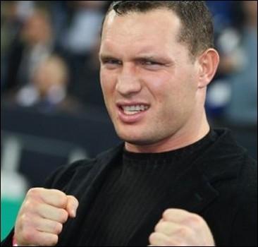 """Соперник Кличко обещает всех """"порвать"""""""