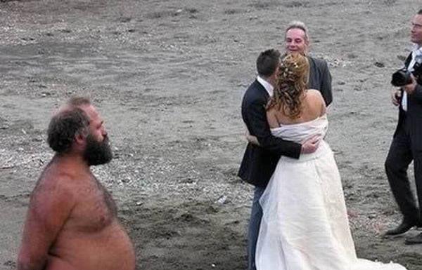 Испорченные свадебные фотографии (25 фото)