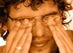 Почему летом болят глаза