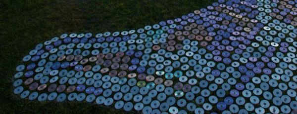 Когда нечего делать и есть 600 000 дисков (7 фото + видео)
