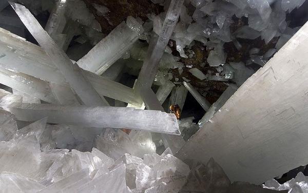 Кристальная пещера (8 фото)