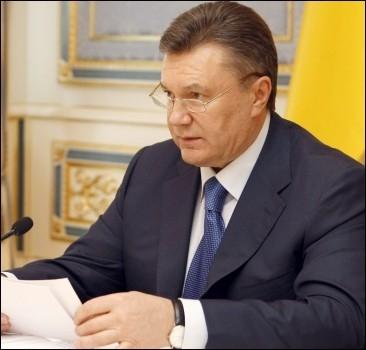 Янукович уволил регионала-взяточника