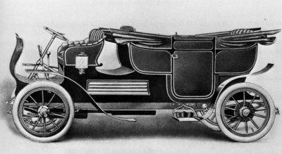 Какой вклад в автомобилестроение внес личный шофер русского царя?