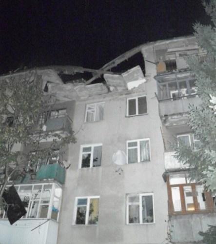 В Мукачево произошел мощный взрыв в жилом доме