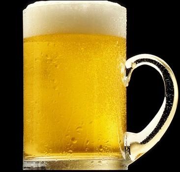 За победу команды каждый взрослый житель страны получит бокал пива