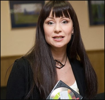 Нонна Гришаева: Москва действительно слезам не верит