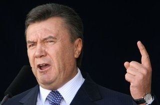 Президент не обещает экономии на госаппарате в 2011 году