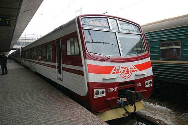 Київське наземне метро отримало євродизайн