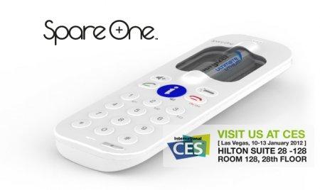CES 2012: мобильный телефон от SpareOne на одной АА-батарее