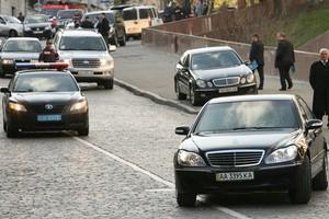 В Киеве скорая не успела спасти больного из-за кортежа Януковича