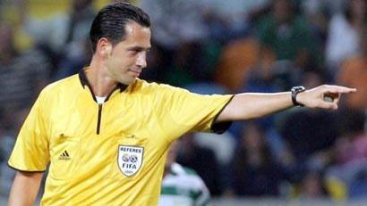 Финал Евро-2012 обслужит португальский финансовый консультант
