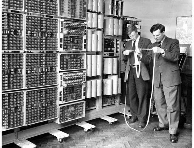 Вновь запущен один из самых старых цифровых компьютеров