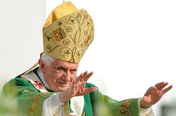 Папа Римський зрікся престолу! Звернення Папи Римського Бенедикта XVI з приводу його зречення від престолу.