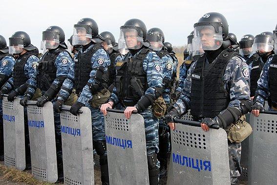 У Львові хлопці з «Беркуту» знімуть шоломи і підуть захищати народ від донецьких «беркутівців»