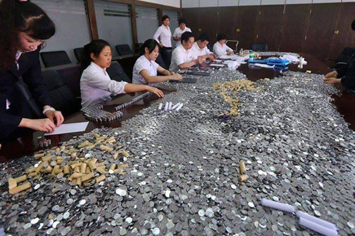 В Китае мужчина потратил на новый автомобиль… 5 тонн мелочи!