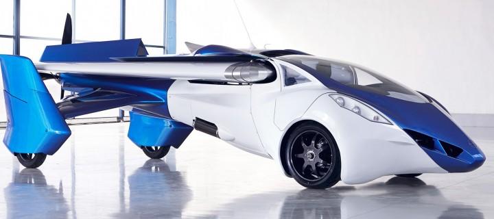 В Австрии показали летающий автомобиль с выдвижными крыльями